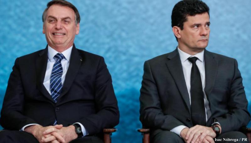 O presidente do Brasil Jair Bolsonaro, com o ex-ministro da Justiça, Sérgio Moro